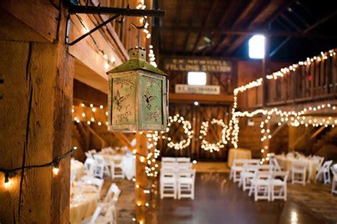Barn Chic Massachusetts Barn Wedding At Smith Barn Rustic Wedding Chic