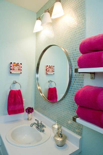 girls bathroom mirror best 25 aqua bathroom decor ideas on pinterest aqua bathroom boy girl bathrooms