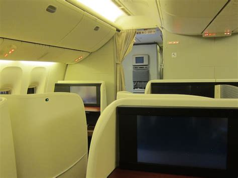 Japan Airlines Cabin by Review Japan Airlines Class 777 300er Jakarta To
