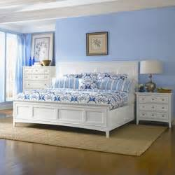 magnussen kentwood panel bed in white b1475 54