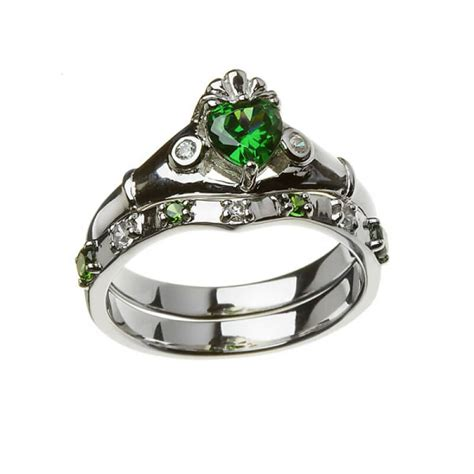 emerald claddagh ring with matching band sterling silver