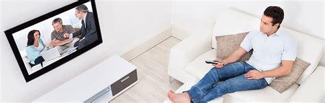 tv an wand anbringen flachbildfernseher an der wand anbringen