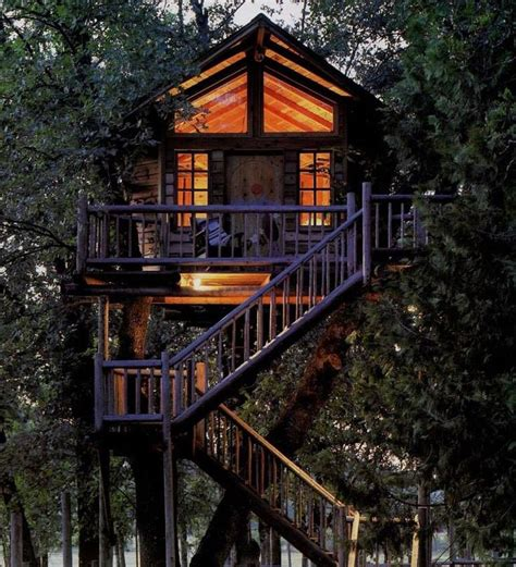 treehouse vacations 25 best ideas about tree house resort on pinterest garland resort dream vacation spots and