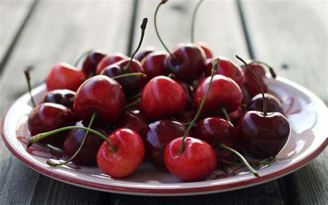 cuisine cherry food cherry cup wallpaper 1680x1050 24403