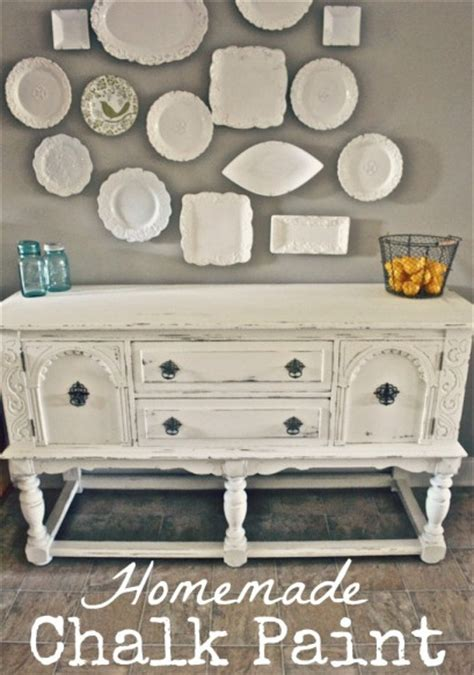 chalk paint vs stain 20 best images about plate walls on plate wall