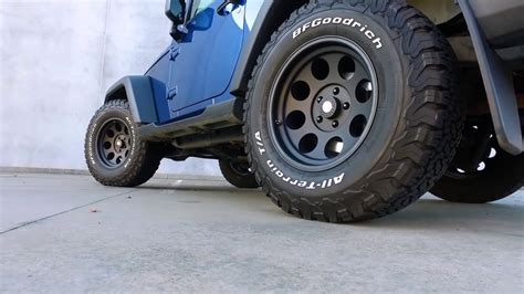 jeep wrangler 33 tires will 33 quot tires fit on a stock jk with no lift jeep