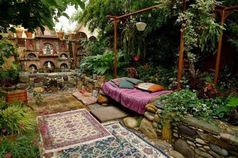 indian inspired outdoor space    relax