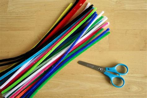 crafts with pipe cleaners craft supply spotlight pipe cleaners