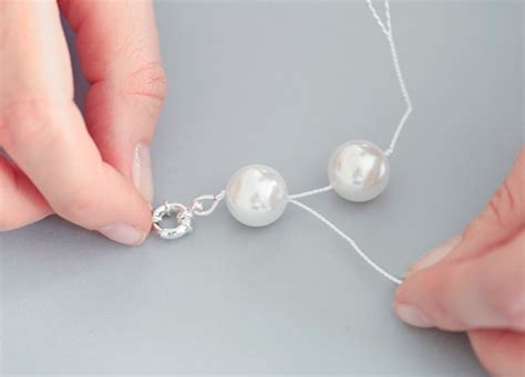 how to create a classic pearl knotted necklace jewellery