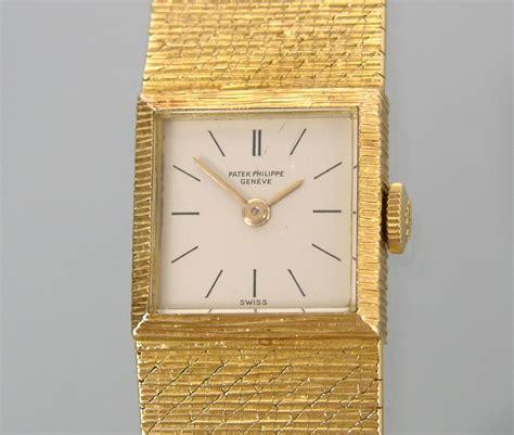 Patel Philippe Geneve 4 3 Kulit a 18k gold patek philippe 03 06 09 sold