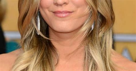 what technique is used on kaley hair kaley cuoco blonde ombre favorite ombre and balayage