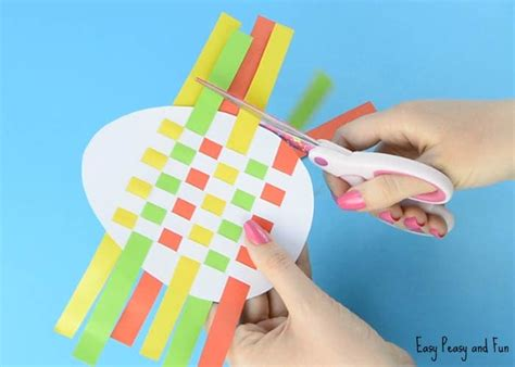 paper weaving template easter egg paper weaving easy peasy and