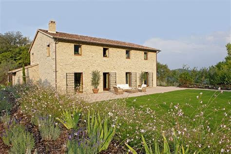 luxury umbria tuscany border holidays italy 2015 2016