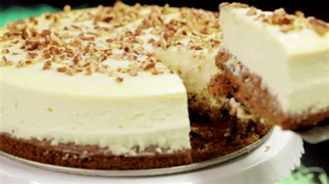 how to make a carrot cake cheesecake from scratch tiphero