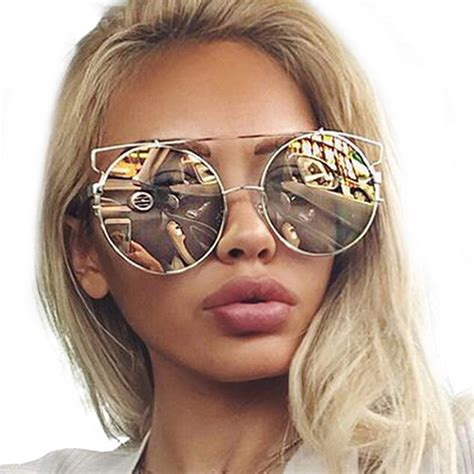 Kaca Mata 1922 2 trend aksesoris wanita yang akan populer tahun 2017 unik