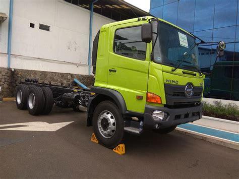 mobil mitsubishi fuso hino komentari surat tantangan dari mitsubishi fuso
