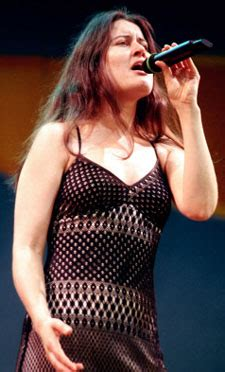 Paula Cole Returns With Courage by Jazz News Vocalist Paula Cole Interviewed At Aaj