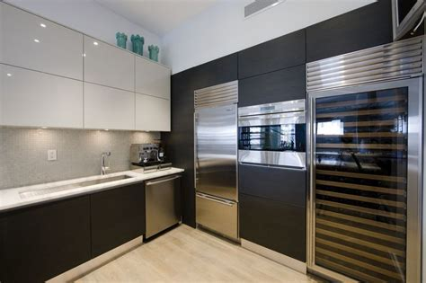 Modern Kitchen Cabinets Nyc 17 Best Images About Contemporary Kitchen Cabinets On Pinterest Nyc Wood Veneer And Home