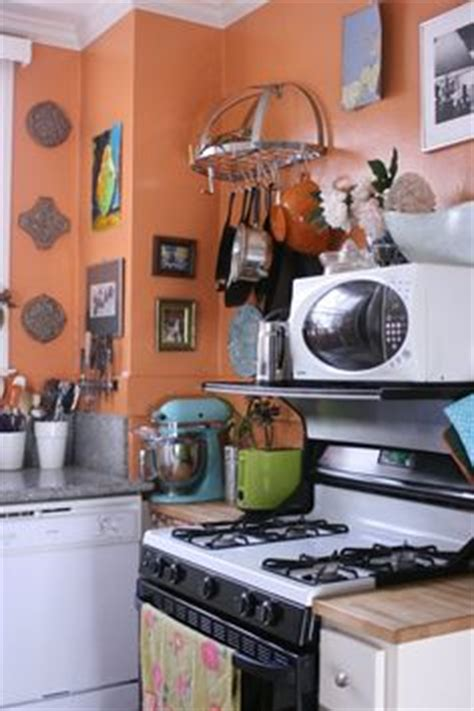 Pot Rack Above Stove Microwave Above Stove On Jeff Lewis Design