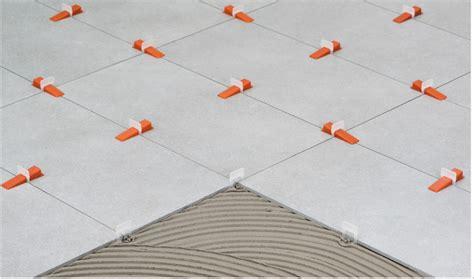 discount piastrelle promo kit per la posa di piastrelle con distanziatori