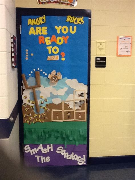 Homecoming Door Decorating Ideas by The Science Scoop Winning Homecoming Door Decoration