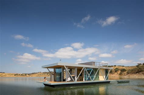 floatwing modular floating house by portugal s friday friday develops modular floating house for weekend getaways