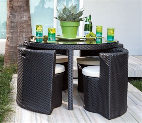 Patio Dining Sets For Small Spaces 25 best ideas about small patio furniture on pinterest