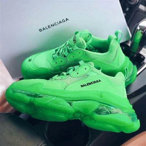 Sepatu Balenciaga