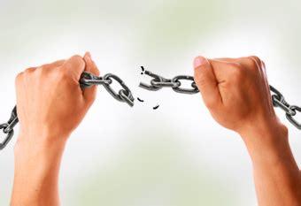 cadenas romper música cristiana maldiciones generacionales