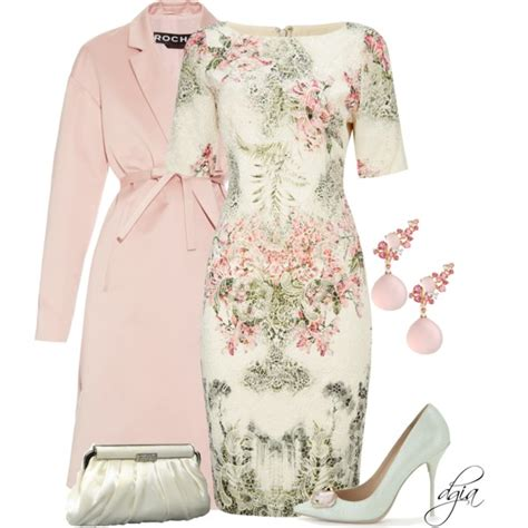 Spring Look For Women 50 | women after 50 can try on these formal looks for spring