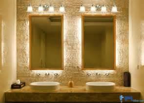 Above Mirror Vanity Lighting افكار ديكور لبمات اضاءة جدارية داخلية الإبتكار نواة التميز ديكور بلس
