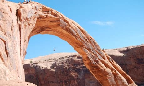 corona arch swing death utah s famous corona arch may soon ban thrill seeking rope