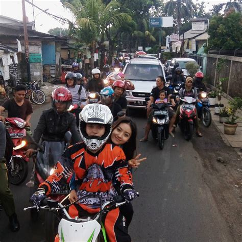 Helm Boy Anak Jalanan masih salah paham di anak jalanan steven malah pamer