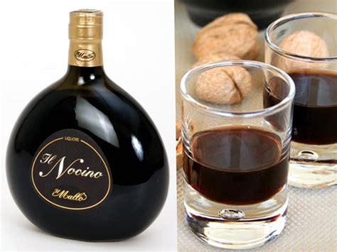 liquori da fare in casa come si fa il liquore nocino in casa ricetta nocino