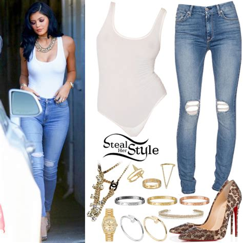 Kylie Jenner Clothes & Outfits   Page 4 of 7   Steal Her Style   Page 4
