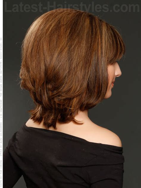 back of haircuts shoulder 35 short haircuts for thick hair that people are obsessing