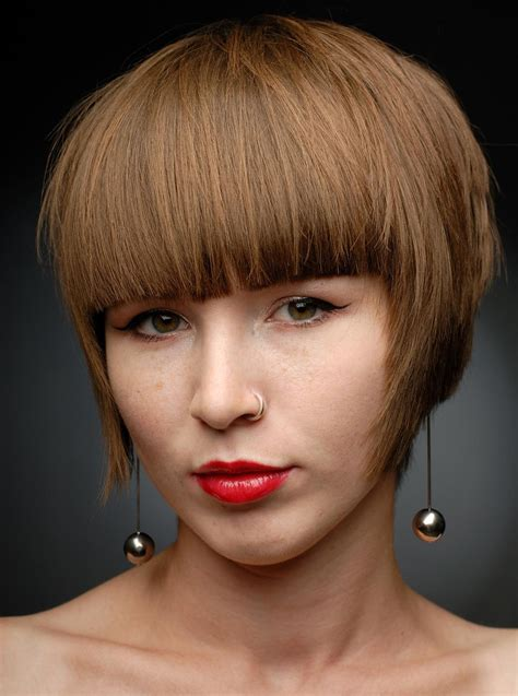 bob haircuts with bangs buzzle show off your tresses with these sassy layered bob hairstyles