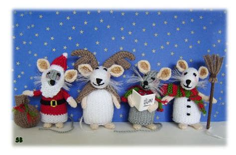 knitting pattern christmas mouse christmas decorations knitting patterns in the loop knitting