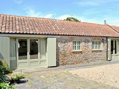 cottage 4 you the stables ref caax in edingthorpe cottages4you