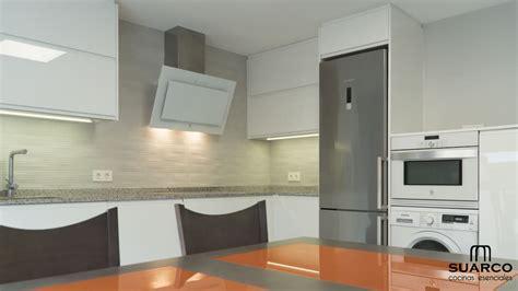 decorar cocina en l cocina blanca en forma de l cocinas suarco fabrica y