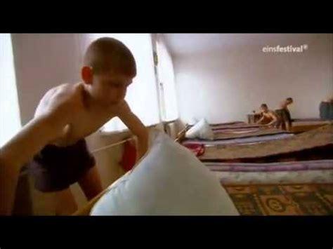fkk bilder jungs boys kids who photo doku kinder hinter gittern teil 1 6 youtube