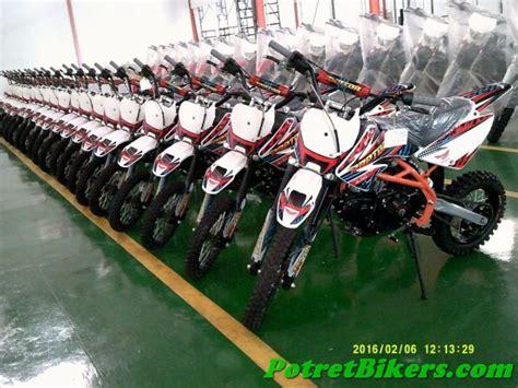 Gazgas Raptor 125 Proseries berkunjung ke pabrik motor gazgas di pasuruan jatim
