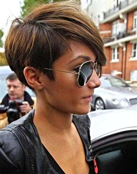 short hairstyle with straight horizontal cut on ears 25 best ideas about asymmetrical pixie haircut on