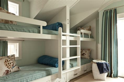 Room With Bunk Beds Staggering Diy Bunk Beds Decorating Ideas
