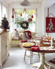 decoration for dining room 37 stunning christmas dining room d 233 cor ideas digsdigs