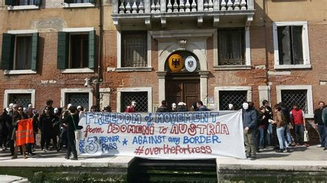 consolato italiano in austria a venezia e sanzionati i consolati d austria