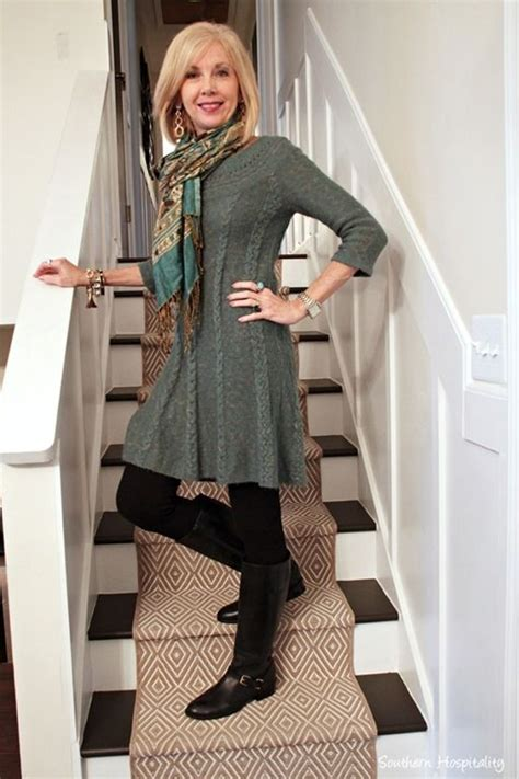 how sjould a 58 year old women dress best 25 fashion over 50 ideas on pinterest over 50