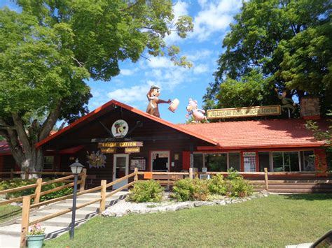 Jellystone Door County by Wisconsin Cgrounds Rv Parks Yogi S Jellystone