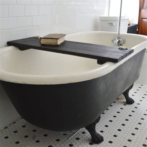 Simple Bathtub by Simple Diy Bathtub Trays For Reading Made From Teak Wood Painted With Black Color With Candle