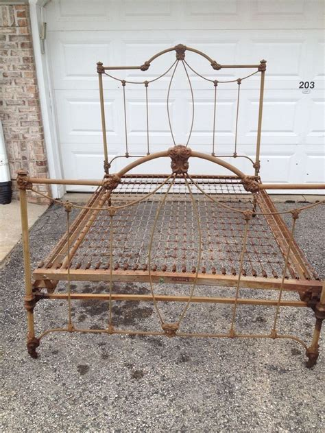 Simmons Bed Frames Simmons Antique Vintage Iron Bed Frame Size Foot Board Simmons